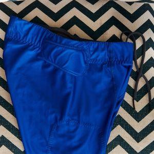 Nike Pants - Nike Padded Crop Tights